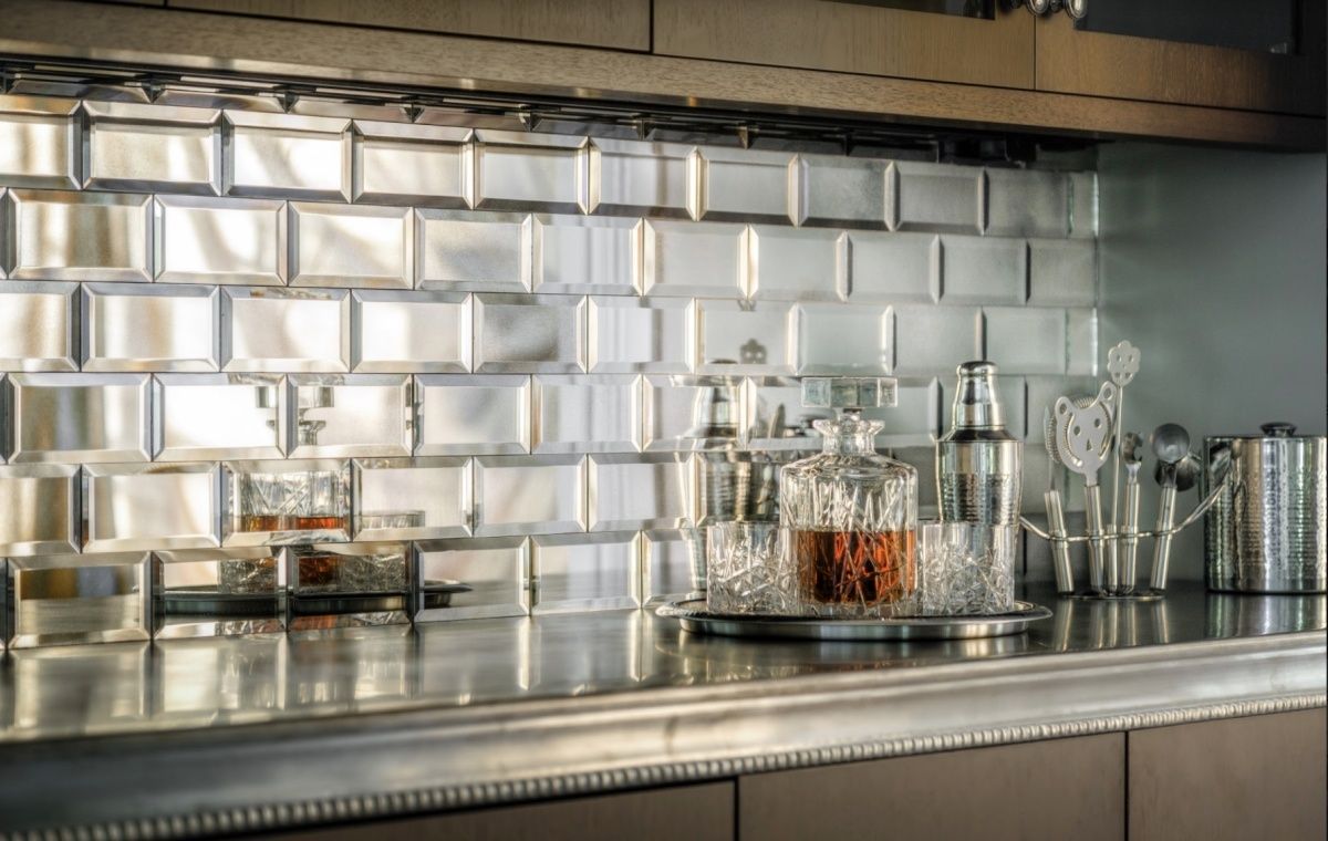 10-bar-backsplash.jpg