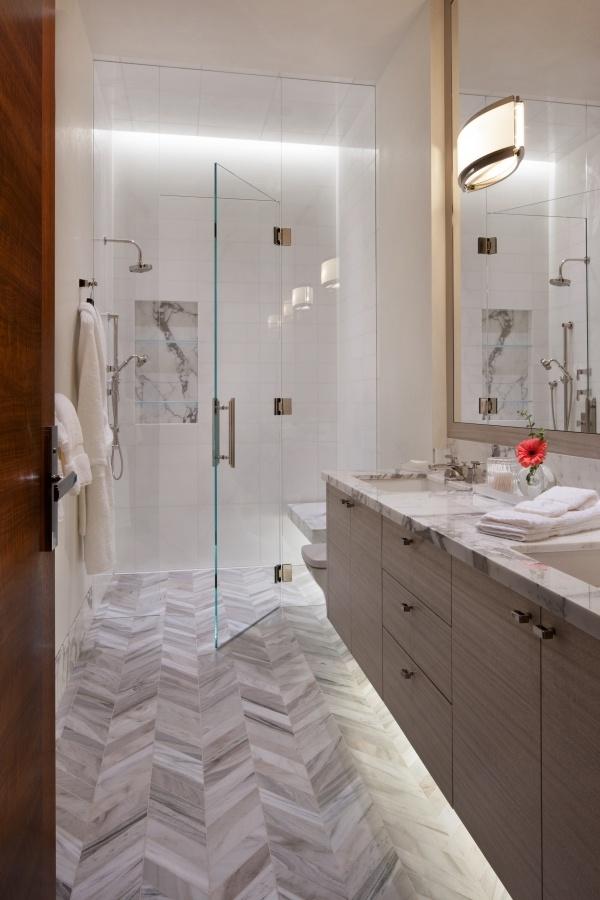 Donna-Guerra-Guest-Bath.jpg