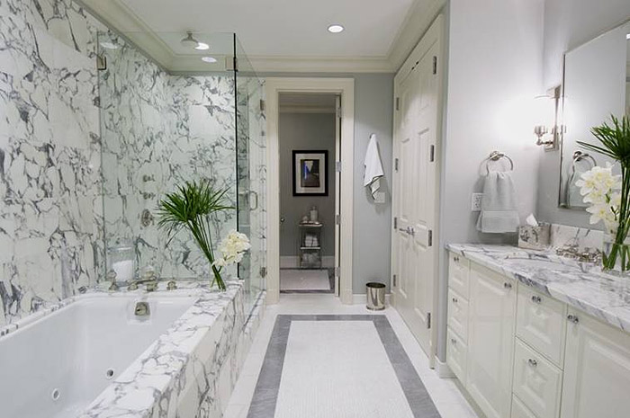 marble tile bathroom